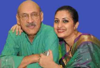 Bipasha Hayat with her father