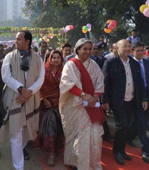 Dipu Moni with leaders