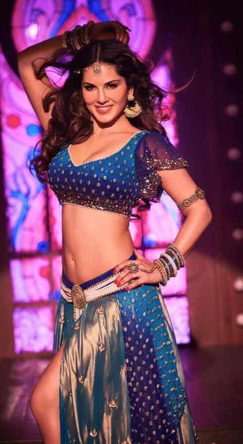 Sunny Leone Dancing Photo