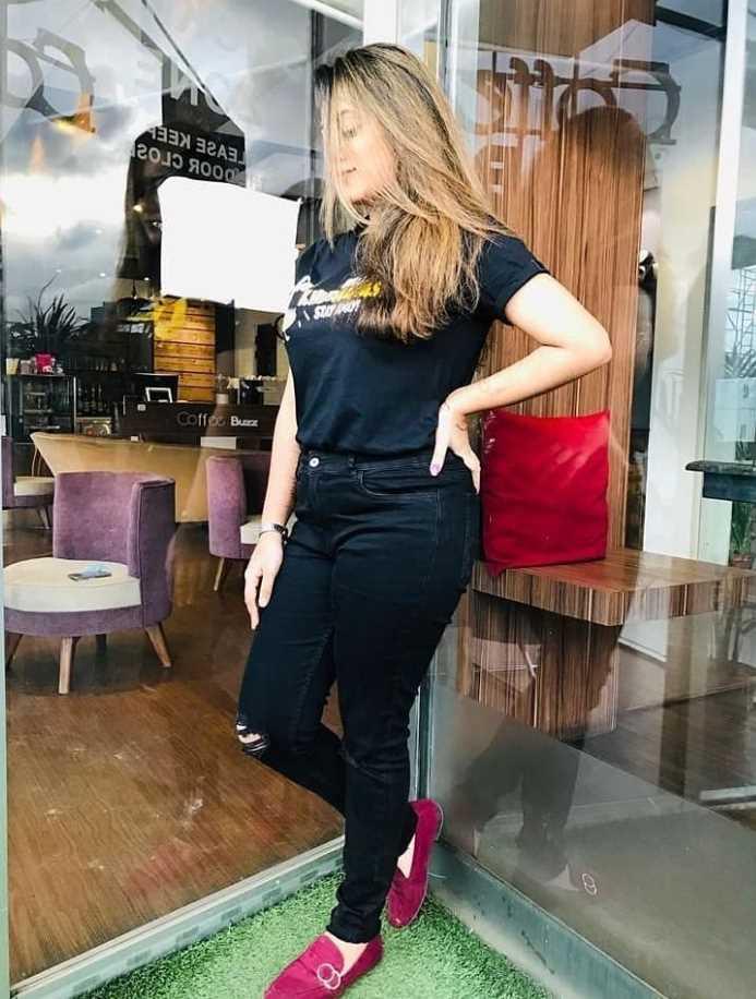 Actress Dighi Black T-Shirt photo