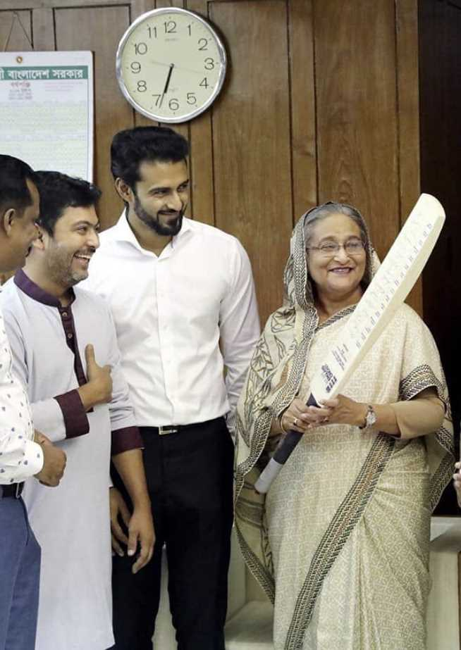 Nixon Chowdhury with Sheikh Hasina
