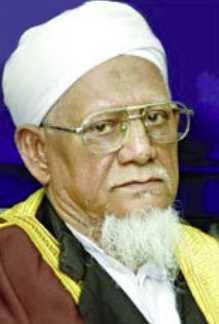 Shaikhul Hadis Allama Azizul Haque (father of Mamunul Haque) photo