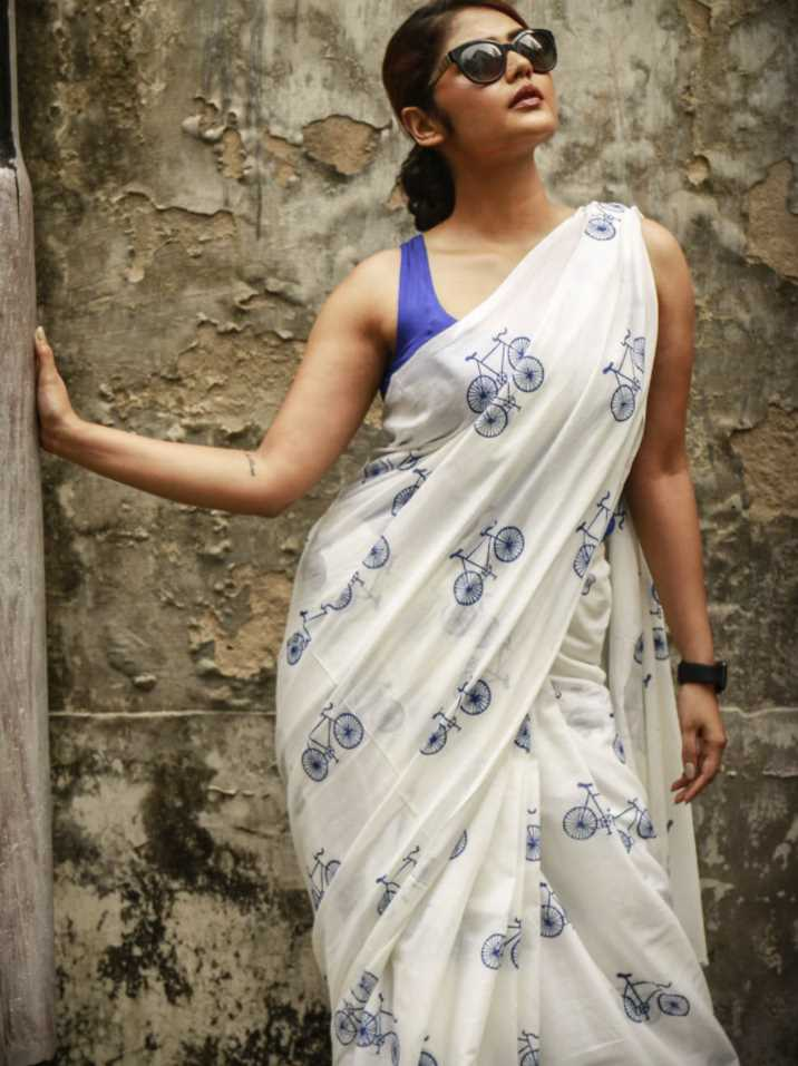 Saayoni Ghosh Saree photo