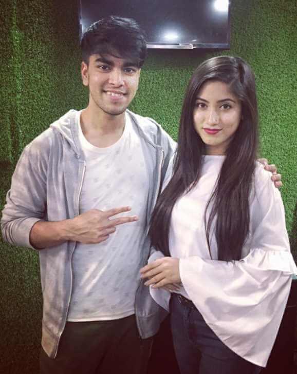 Safa Kabir with Salman Muqtadir