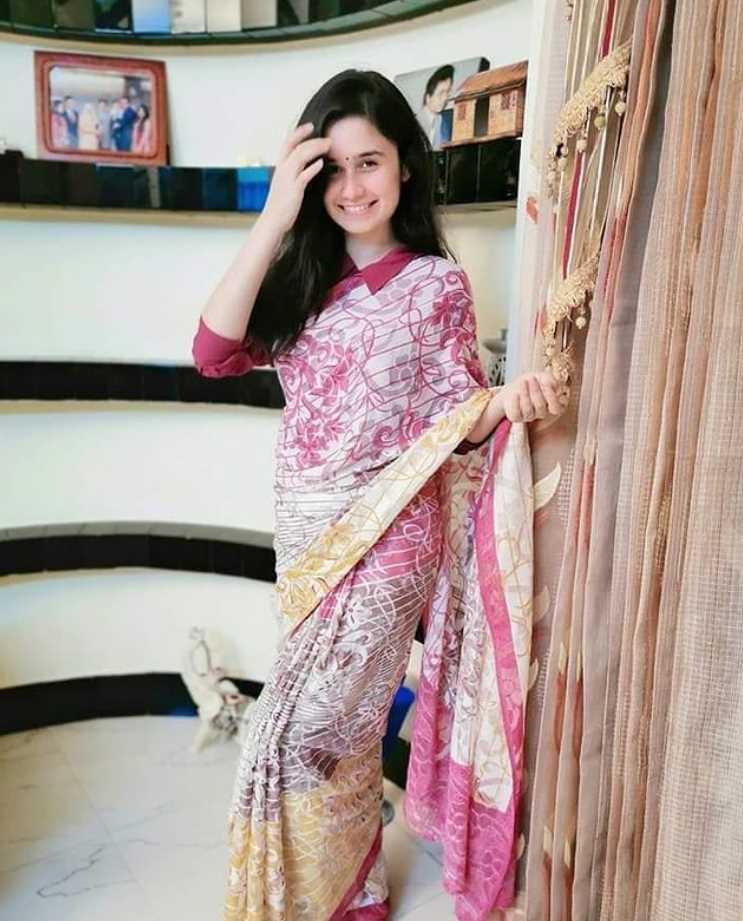 Actress Jannatul Ferdous Oishee Saree Photo