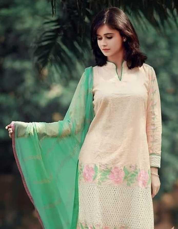 Jannatul Ferdous Oishee Salwar Kameez Style pic
