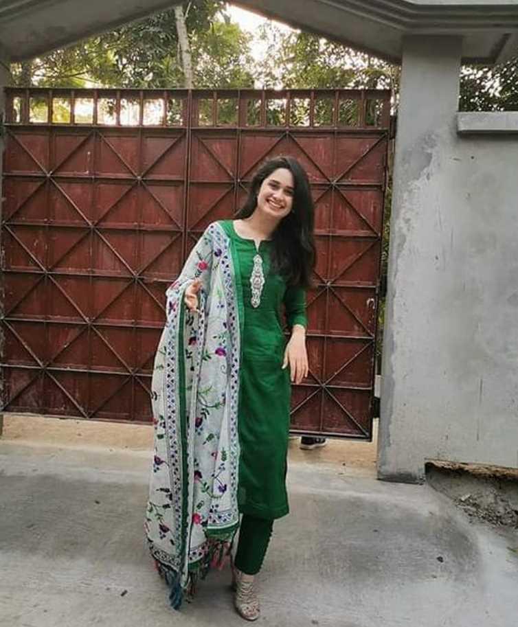 Jannatul Ferdous Oishee Salwar Kameez Style picture 6