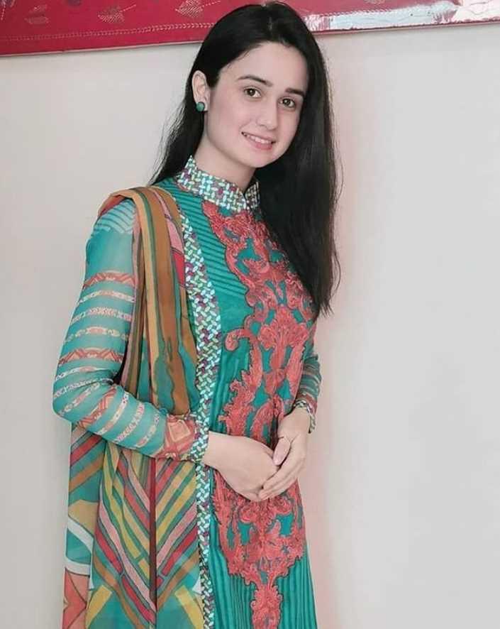 Jannatul Ferdous Oishee Salwar Kameez Style picture 9