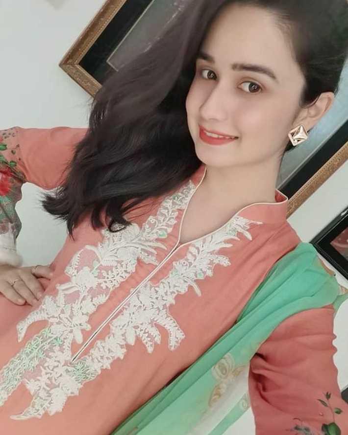 Jannatul Ferdous Oishee Salwar Kameez Style picture