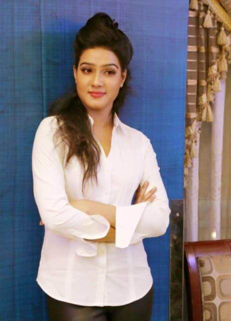 Mahiya Mahi Image 2