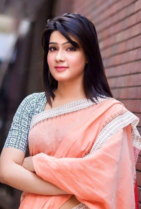 Mahiya Mahi Nice Saree Photo