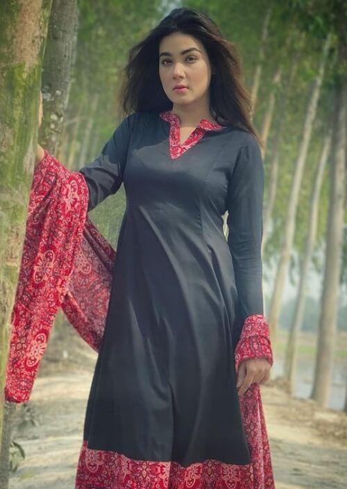 Mahiya Mahi Picture