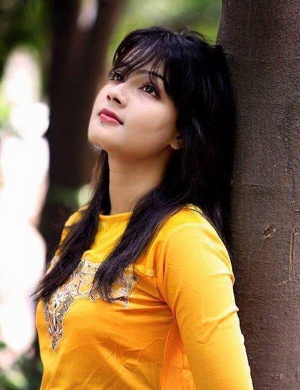 Mahiya Mahi Salwar Kameez Pic