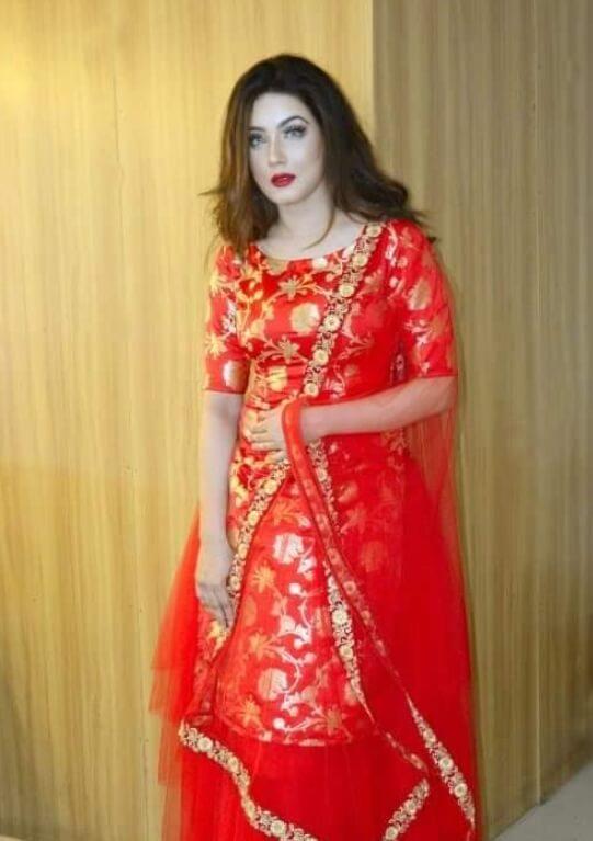 Mahiya Mahi Salwar Kameez Styles Photo