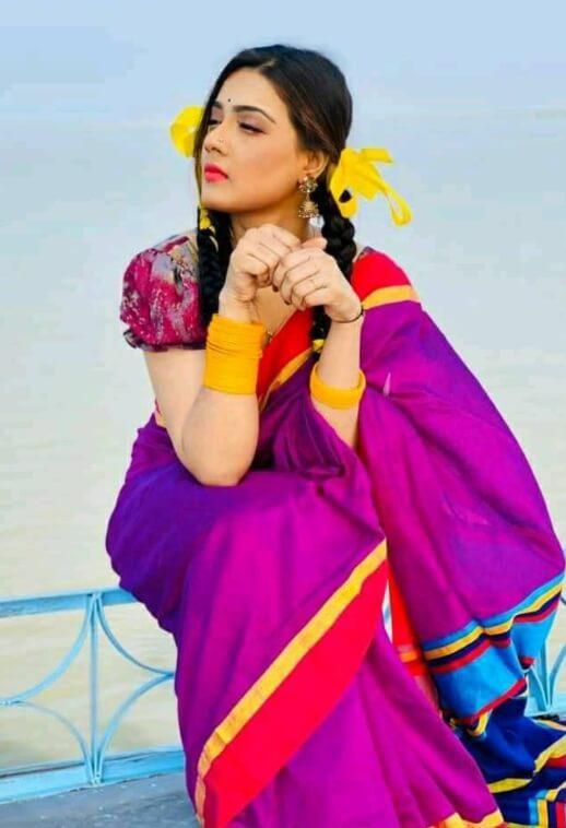 Mahiya Mahi Saree Pic New