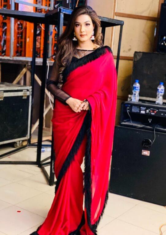 Mahiya Mahi Saree Picture