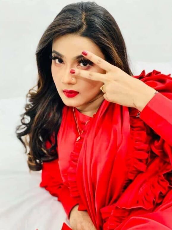 Mahiya Mahi Saree Styles Pic