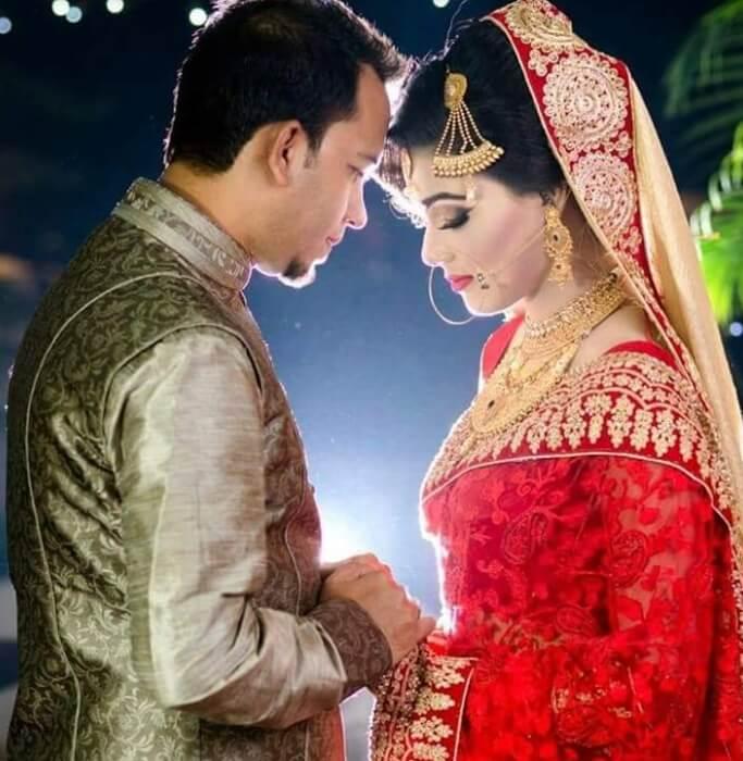 Mahiya Mahi with her Husband Wedding Photo