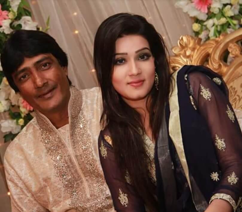 Mahiya Mahi with her father