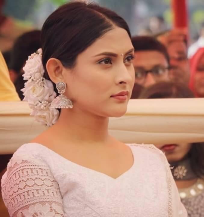 Mehazabien Chowdhury with White dress Image
