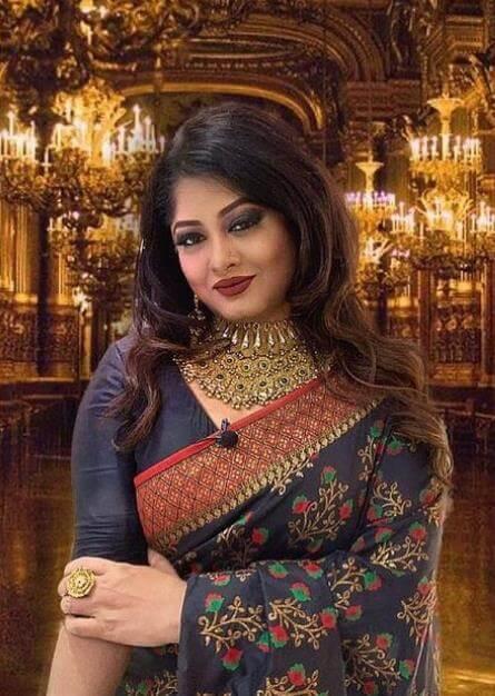 Moushumi HD Saree photo
