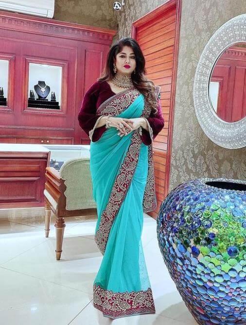 Moushumi HD Saree pic