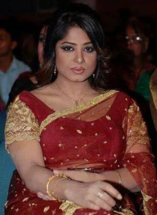 Moushumi Nice Saree Pic