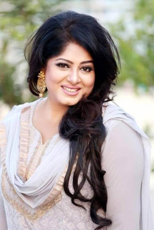 Moushumi Salwar Kameez HD Photo
