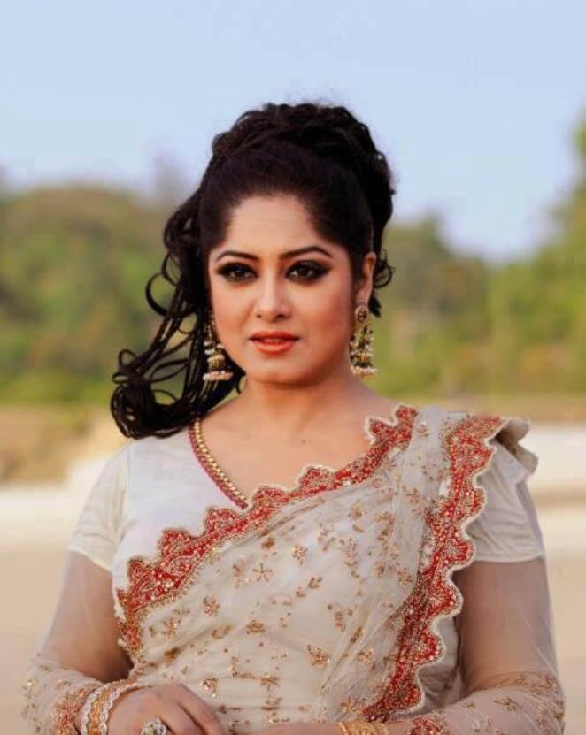 Moushumi Saree Image