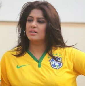 Moushumi with Brazilan T-Shirt