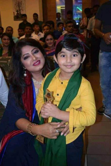 Moushumi with her Daughter