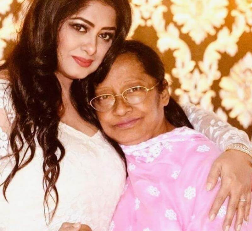 Moushumi with her Mother Photo