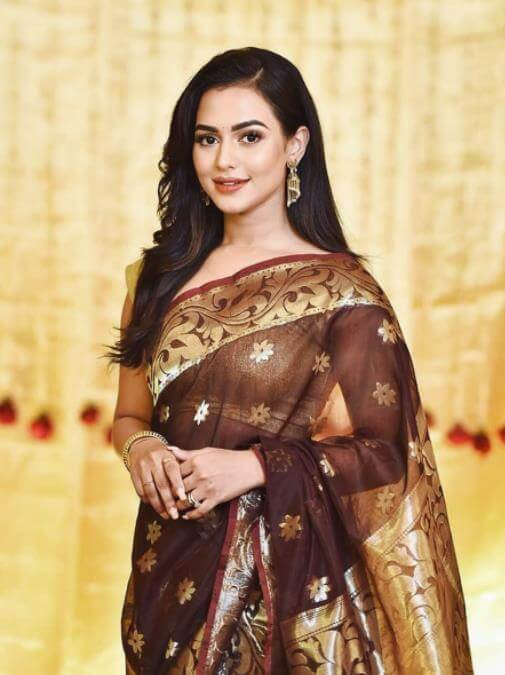 Nusrat Faria Saree Photo