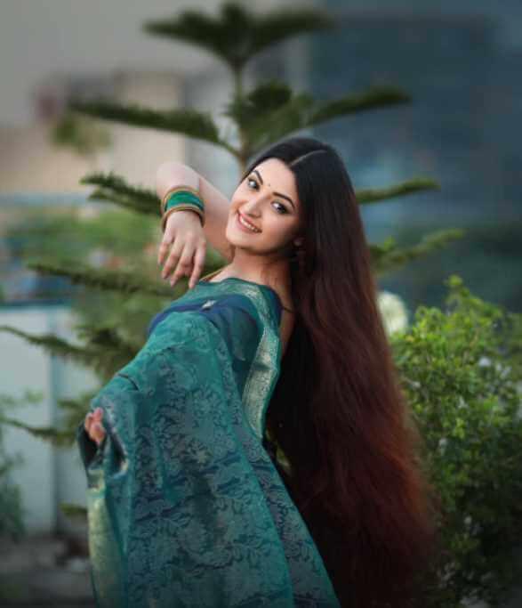 Pori Moni HD saree Photo
