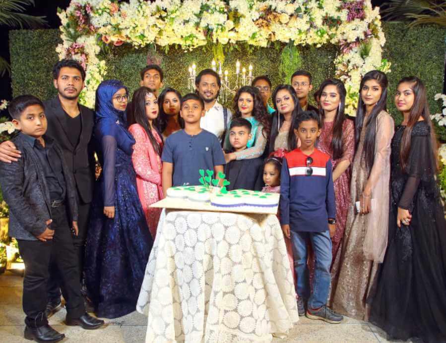 Pori Moni with her family Photo