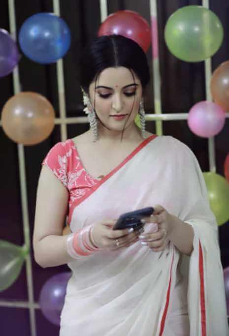 Pori Moni saree Image