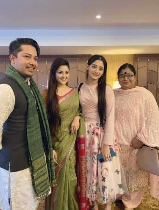 Pori Moni with Puja Photo