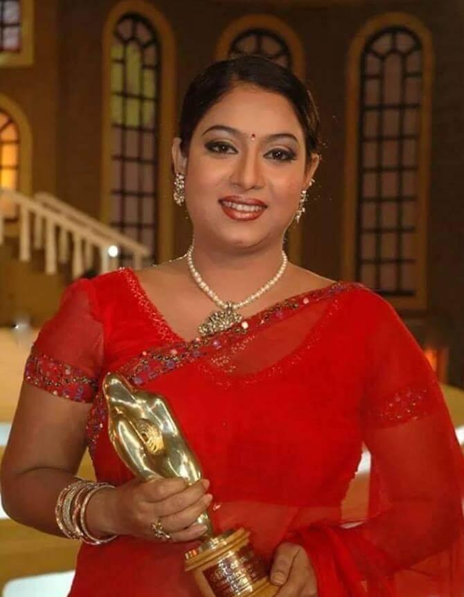 Shabnur Awards Photo