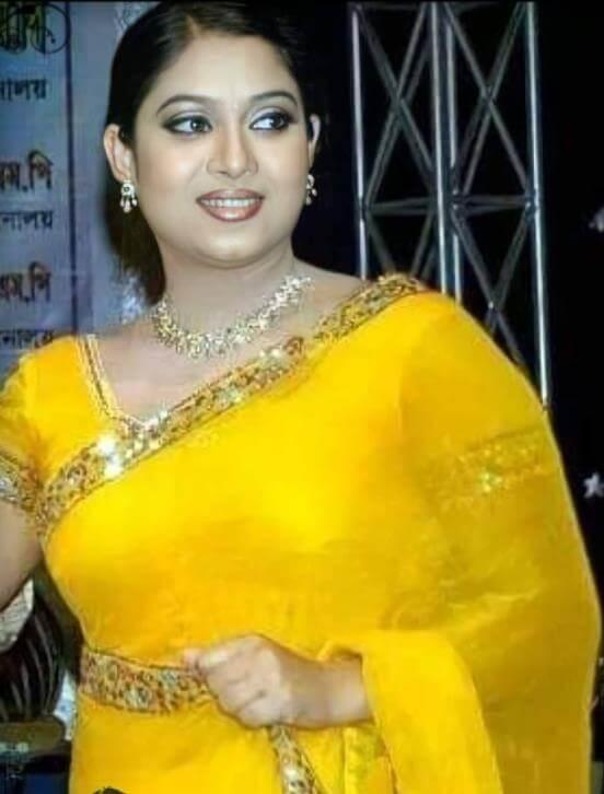 Shabnur Saree Photo