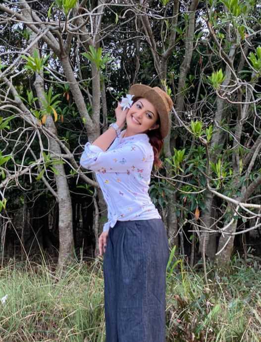 Style Photo of Pori Moni