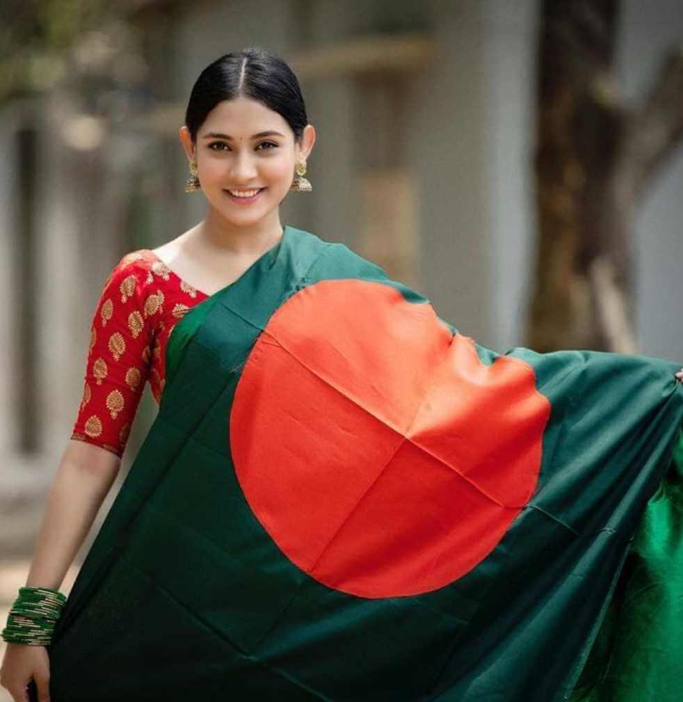 Mehazabien Chowdhury Bangladeshi Saree Photo