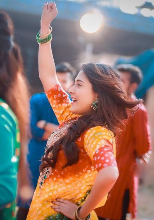 Mehazabien Chowdhury Salwar Kameez hot Pic