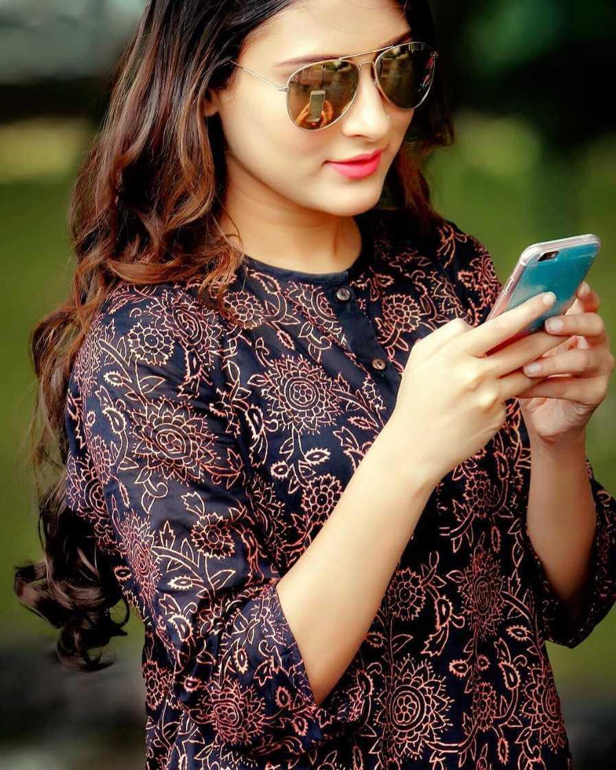 Mehazabien Chowdhury Sunglass Photo