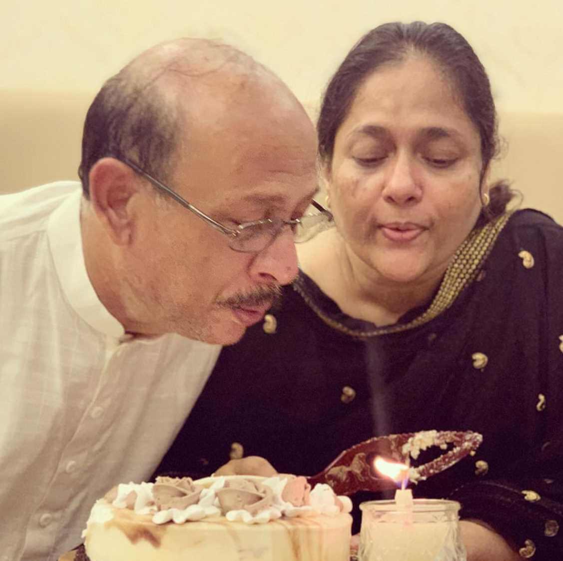 Mehazabien Chowdhury's parent Photo