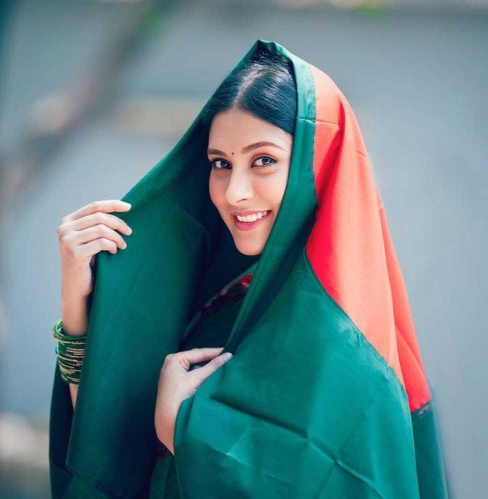Mehazabien Chowdhury with Bangladeshi Flag Dress