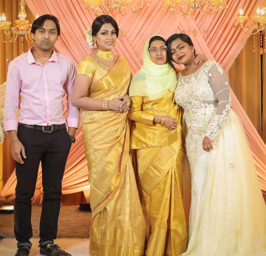 Nipun Akter with her Family Photo
