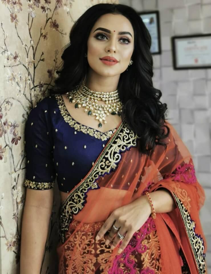 Bangladeshi model and actress Nusrat Faria photo in saree