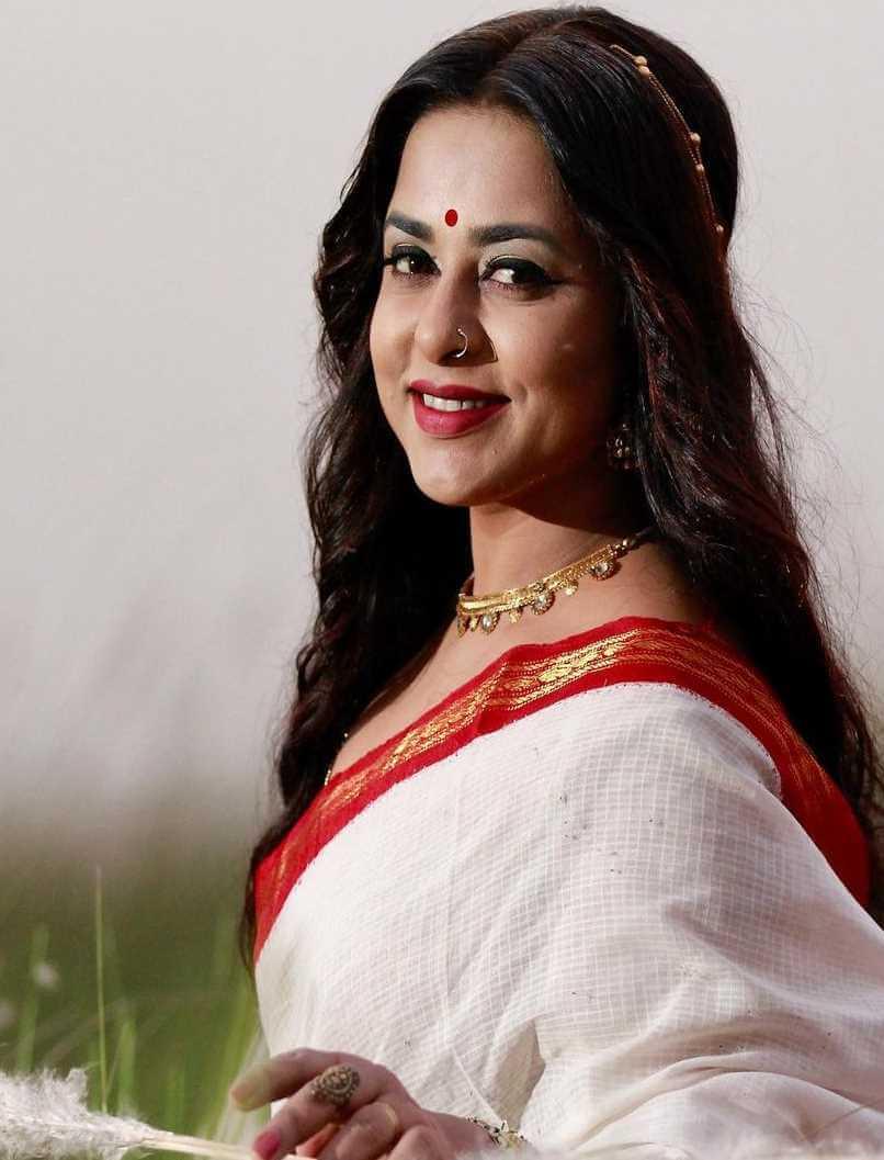 Jyotika Jyoti HD Saree Wallpaper