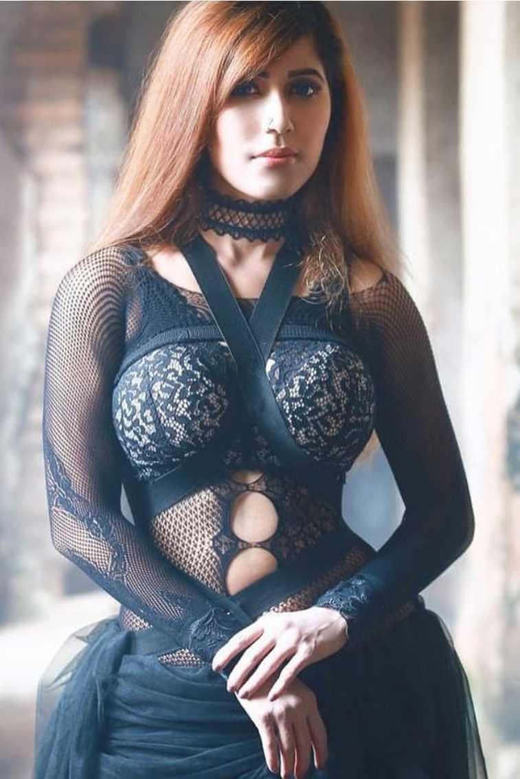 Naila Nayem Black Dress Photo