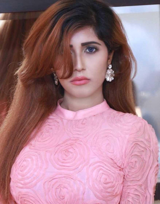 Naila Nayem HD Selfie